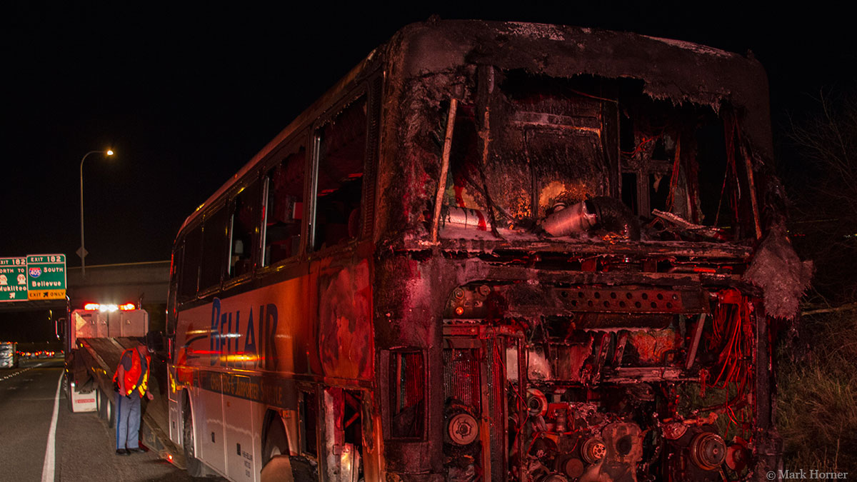 Charter bus catches fire on Interstate 5 in Lynnwood